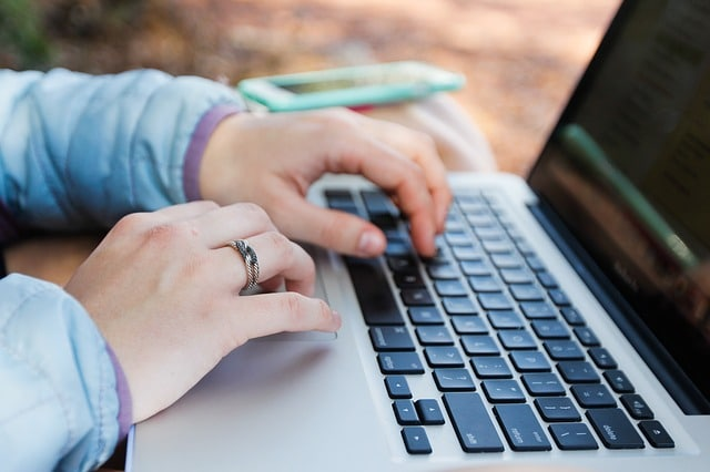 Online learning the new norm for students in Ontario